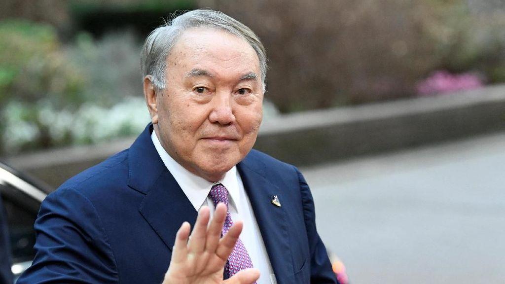 Presiden Legendaris Kazakhstan Undur Diri Demi yang Muda