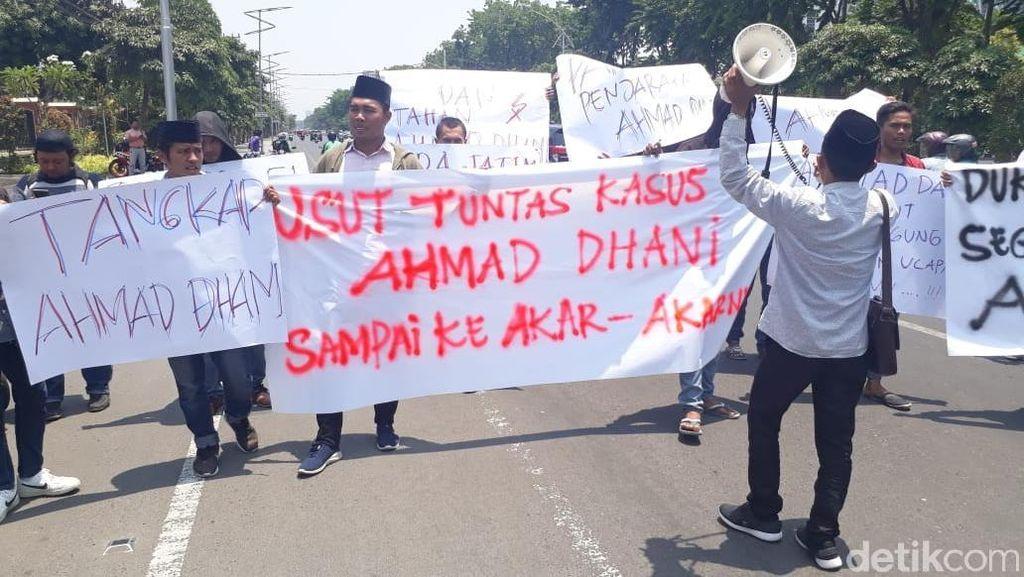 Komunitas Ini Desak Polisi Usut Tuntas Kasus Ahmad Dhani