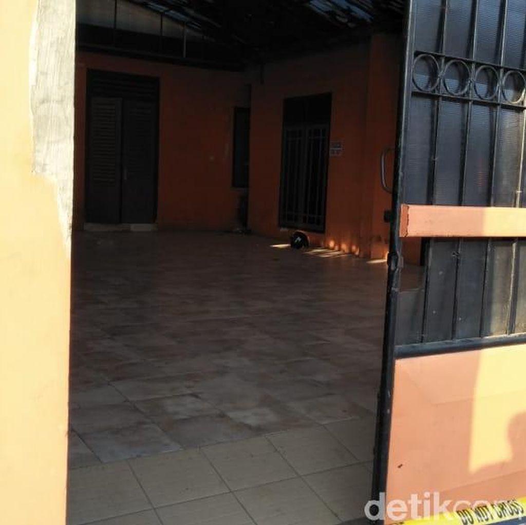 Benda Mirip Bom Tergeletak di Rumah Kontraktor Blitar