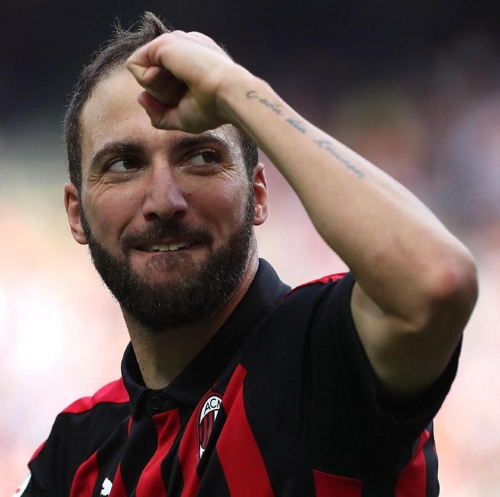Selamat Datang di Derby Milan, Higuain