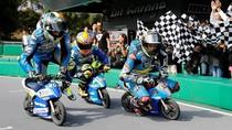 Aksi Lucu Rider MotoGP Ngebut Naik Motor Mini