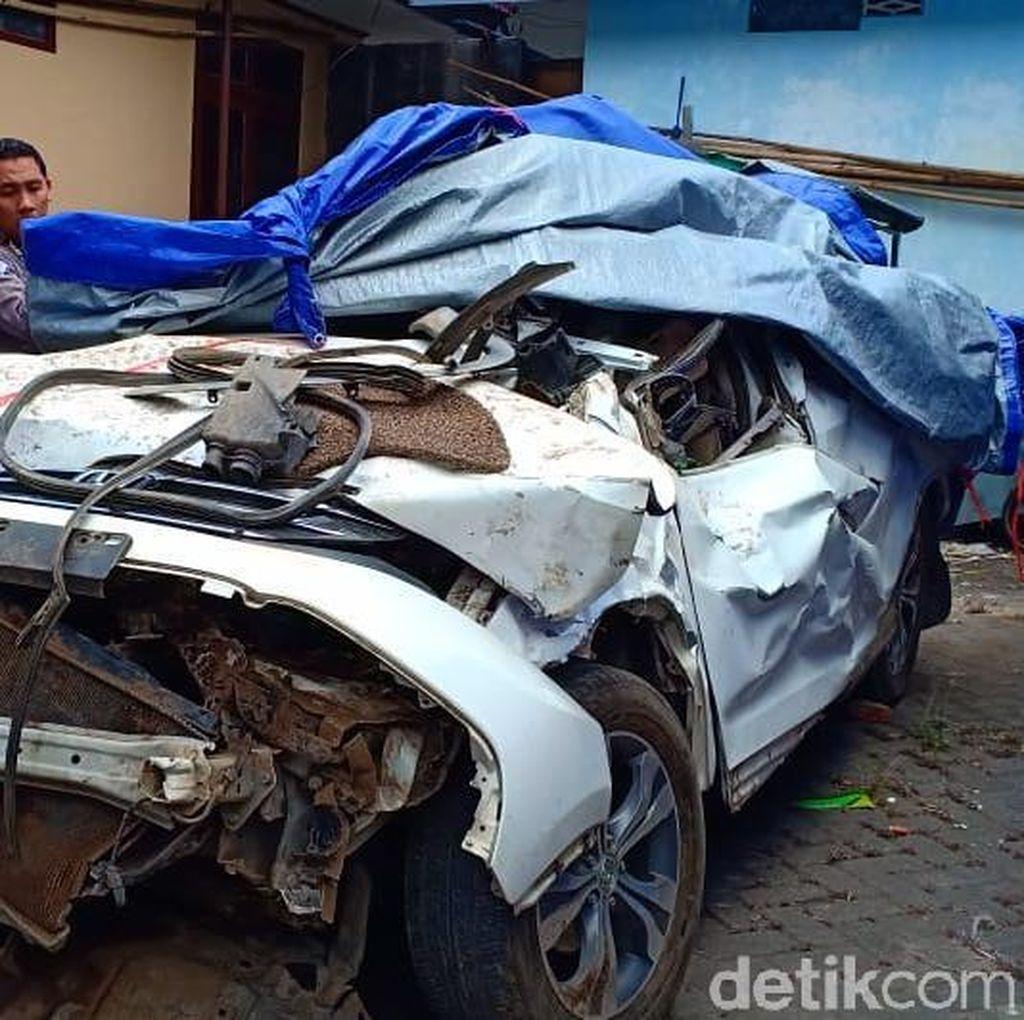 Kondisi CR-V Pascajatuh ke Jurang di Magetan