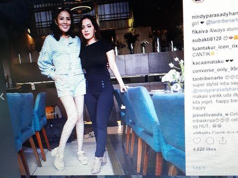 Posting Foto di Instagram, Kaki Nindy Bikin Salah Fokus