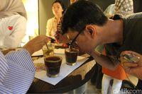 Mengenal Lebih Dalam Rasa dan Aroma Kopi Lewat Proses Cupping