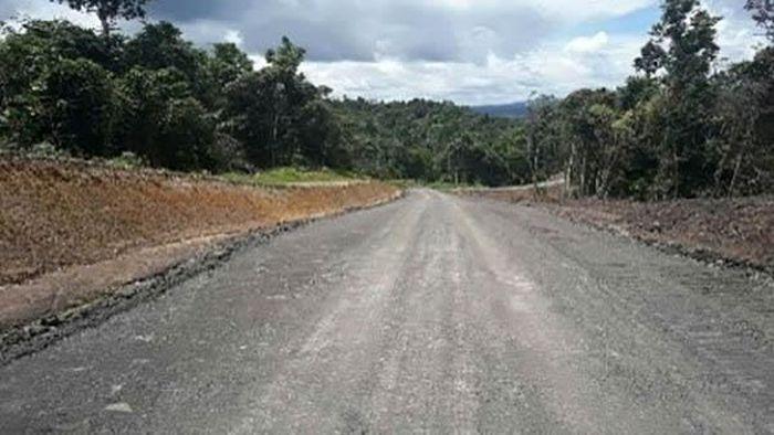 Jalan Trans Papua di Papua Barat/Foto: BP Jalan Nasional XVII Manokwari