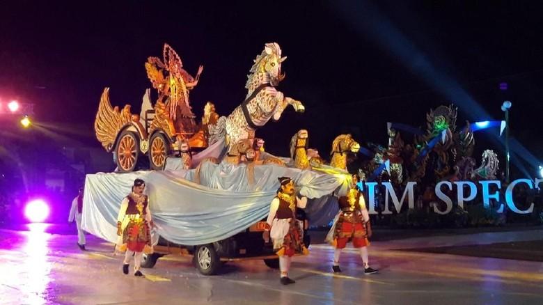 Foto: Jatim Specta Night Carnival (Hilda Meilisa Rinanda/detikTravel)