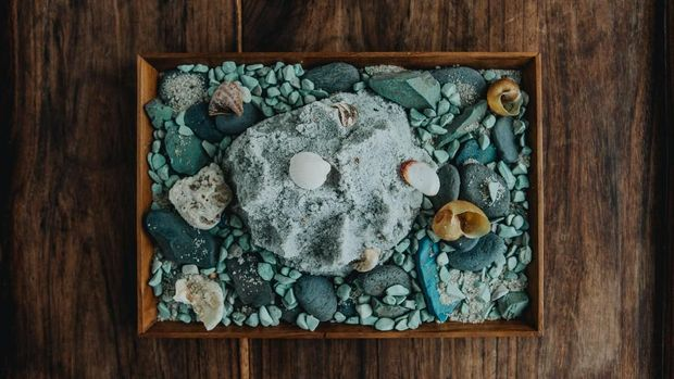 Filosofi Sereh dan Garam dari Tepi Pantai Seminyak
