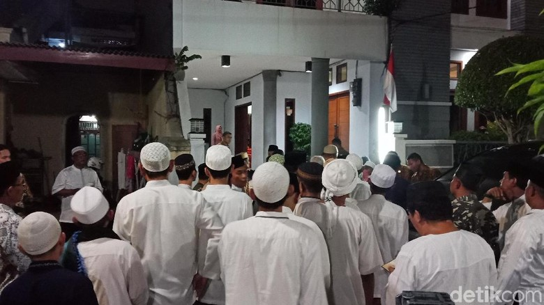 Maruf Amin Gelar Pengajian dan Doa Bersama Warga di Koja