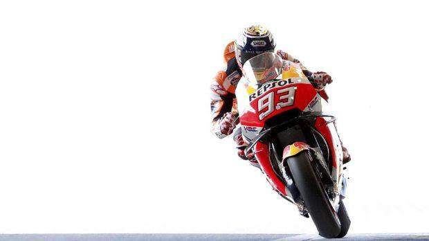 Marc Marquez sudah meraih lima gelar juara dunia MotoGP, hanya tertinggal tiga gelar juara dari Giacomo Agostini sebagai peraih gelar juara MotoGP terbanyak.