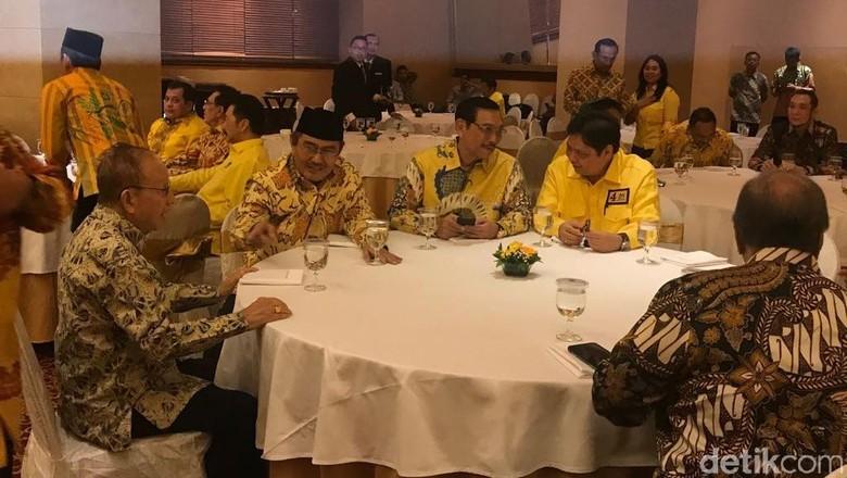 Golkar Gelar Silaturahmi dengan Senior, Luhut hingga Harmoko Hadir
