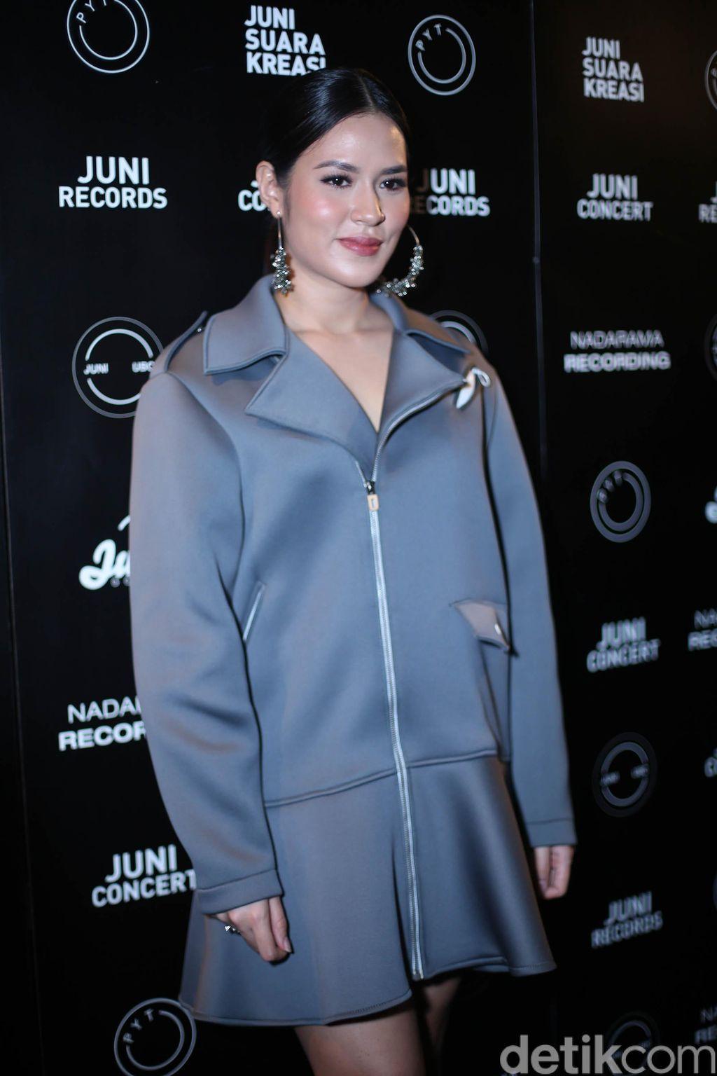 Raisa Andriana saat jumpa pers lagu 'My Kind of Crazy'  di CGV Cinemas Pacific Place, Jakarta, Kamis (18/10/2018).