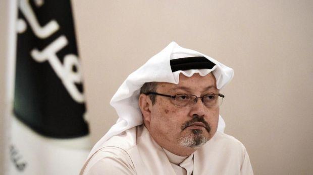 Jurnalis Arab Saudi Jamal Khashoggi diduga dibunuh di dalam Konsulat Jenderal Arab Arab di Turki. (