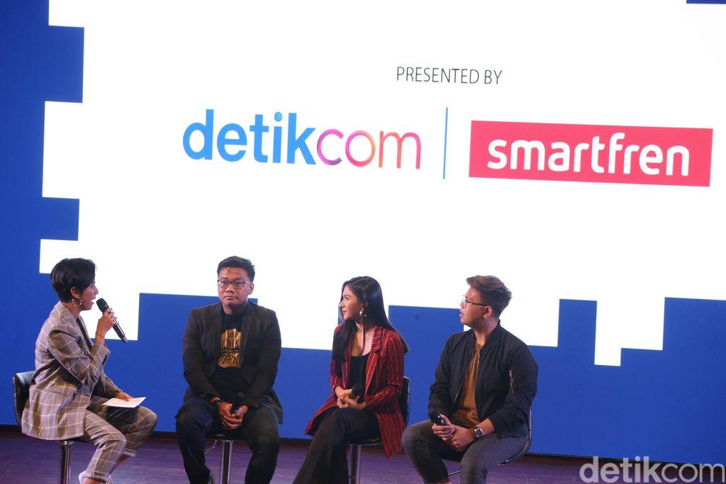 Acara ini terbagi ke dalam tiga sesi. Adapun Azizah Hanum, CNN Indonesia News Anchor, yang menjadi moderator pada acara ini.Foto: detikINET/Rengga Sancaya