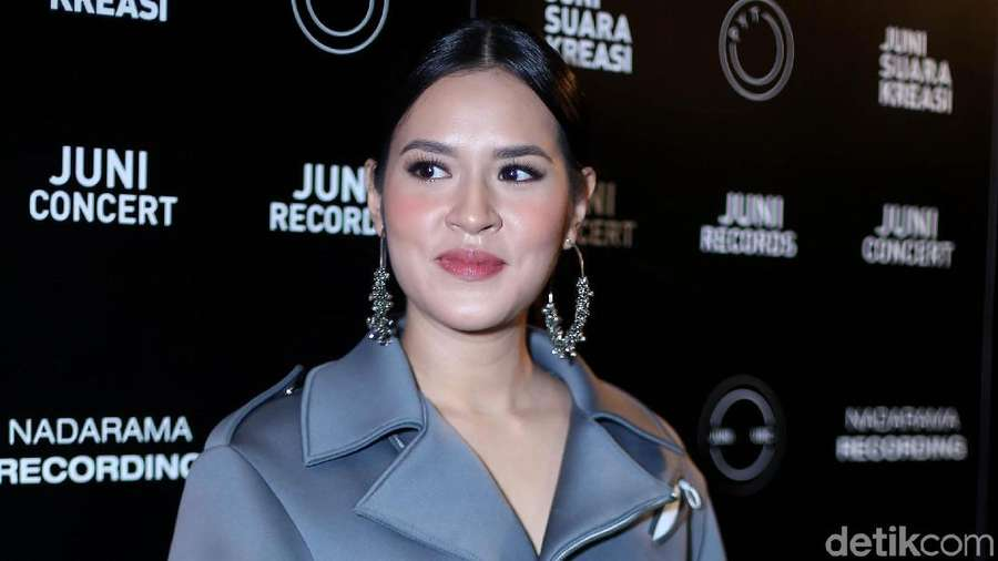 Hamil, Raisa Makin Glowing