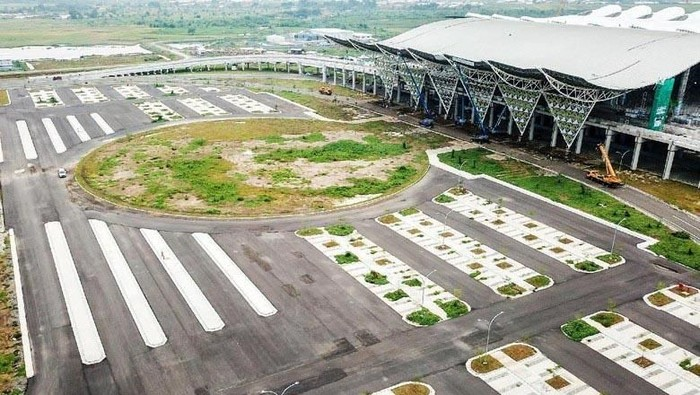 Bandara Kertajati, Majalengka, Jawa Barat diresmikan Presiden Joko Widodo (Jokowi) pada 24 Mei 2018. Yuk, lihat lagi kemegahannya.