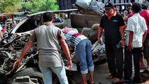 Minibus di Aceh Utara Tabrak Truk Mogok, 3 Penumpang Tewas