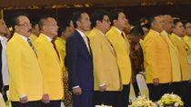 Jokowi Bela Menteri dari Serangan di Munas Golkar