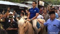 Kunjungi Wisata Air Panas Pacet, Sandi Tunggangi Kuda