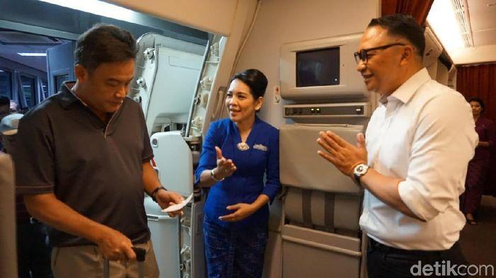 Foto: Bos Garuda jadi Pramugara Dadakan/Foto: Selfie-detikFinance