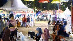 Serunya Lomba Masak Mie dan Cicip Pallubasa di Festival Kuliner Makassar