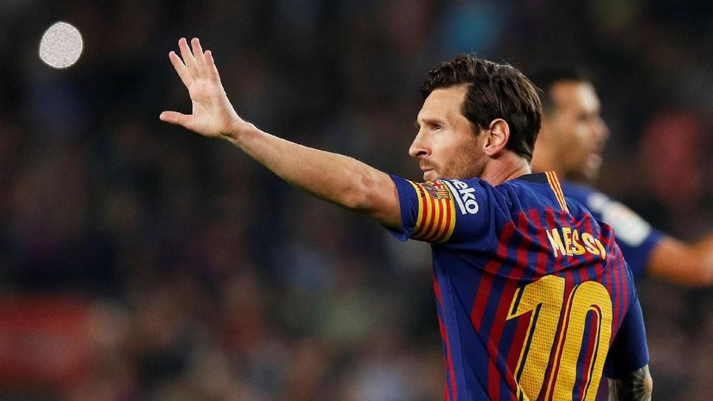 Xavi: Messi Bisa Main sampai Usia 40 Tahun