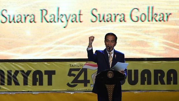 Sindir Prabowo, Agung Laksono Sebut Jokowi Ikut Kerek Golkar