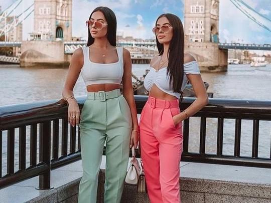 Terpikat Pesona The Badura Twins, Kembar Cantik Model Majalah Playboy