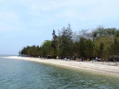 Pantai Pulau Panjang, Karimunjawa Mini di Laut Jepara