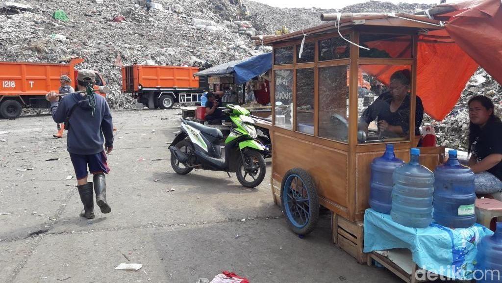 Sensasi Makan Mie Ayam di Pengolahan Sampah Bantargebang Bekasi