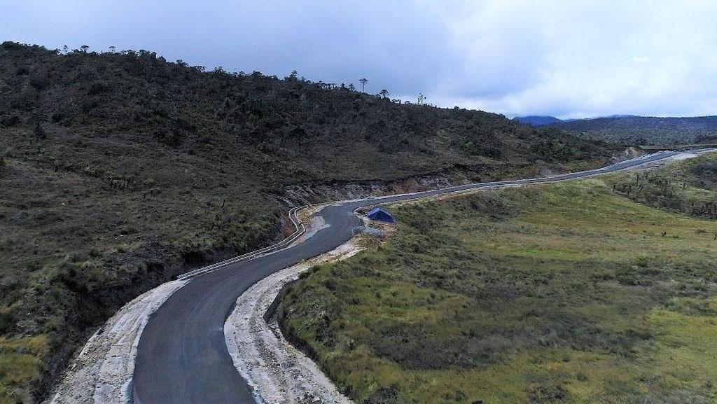 Bappenas: Masyarakat Tak Sabar Jajal Jalan Trans Papua