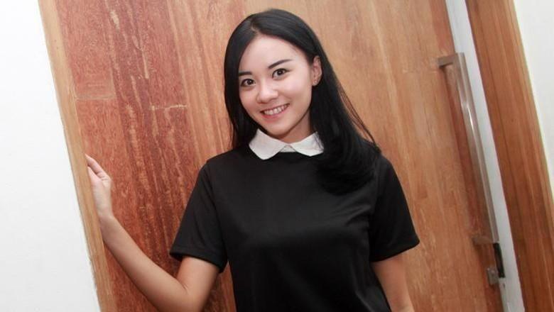 Masih Ingin Nikmati Momen Lucu Anak, Cleo eks JKT48 Rehat Kerja