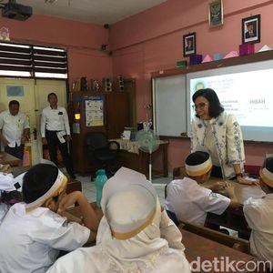 Saat Sri Mulyani Mengajar Anak SD soal Pajak dan APBN