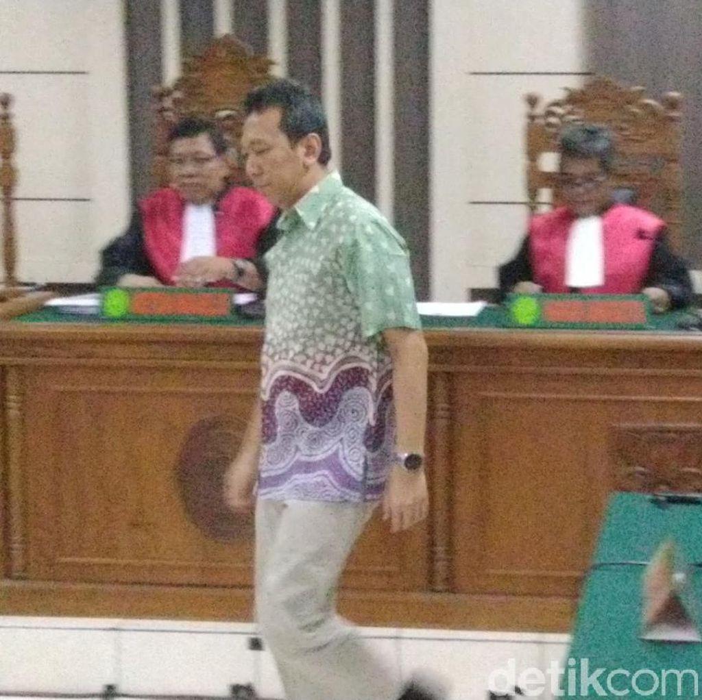 Pengadilan Tipikor Perintahkan Bupati Kebumen Dipenjara 4 Tahun