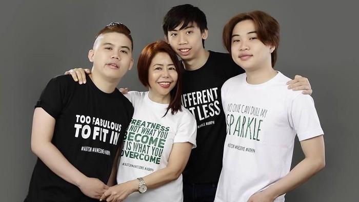 Menjadi orang tua anak dengan autisme, harus bisa menerima kondisi tersebut. (Foto: Dang Koe/dok. pribadi)