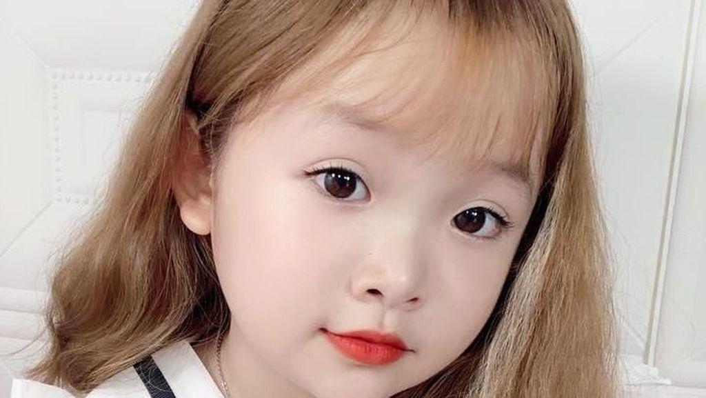 Foto: Sosok Wanita Cantik yang Viral karena Sering Dikira Murid SD