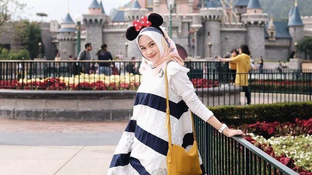 Inspirasi Gaya Hijab Untuk OOTD Cantik Saat Liburan Akhir Tahun