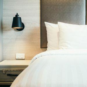 Buat Kamar Tidur Semakin Nyaman dengan 3 Furnitur Ini