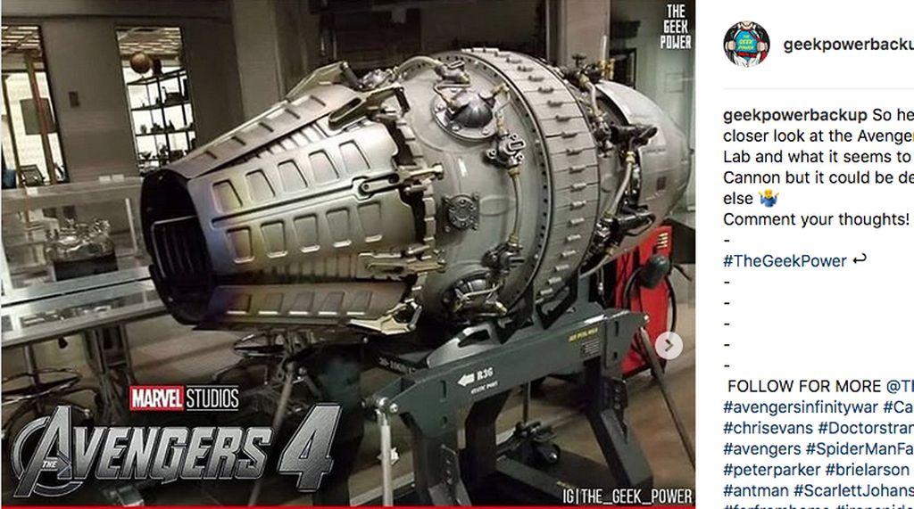 Iron Man Pakai Senjata Klasik Proton Cannon untuk Serang Thanos