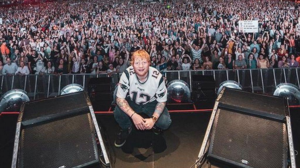 Gokil! Ed Sheeran Raih Pendapatan Tur Tertinggi 2018