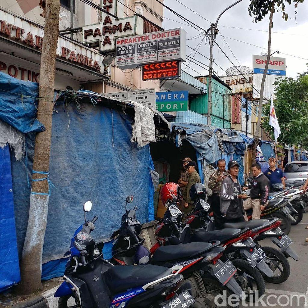 Pemkot Bandung: Skywalk PKL Cicadas Bukan Solusi