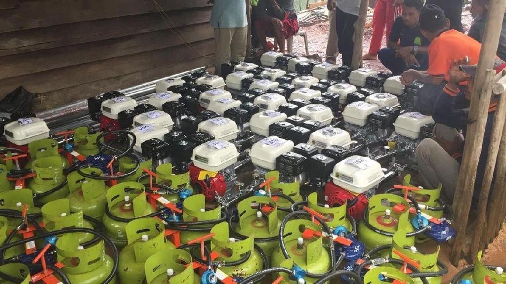 Pertamina Bagikan 1.471 Konverter Kit ke Nelayan Sumut dan Kepri