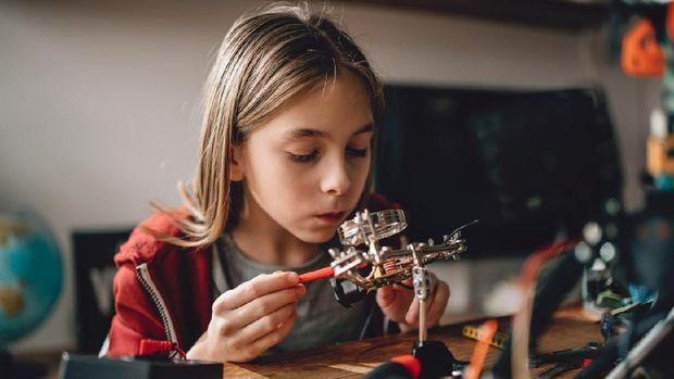 Memaksakan Jurusan dan Minat Pendidikan Anak, Yes or No?