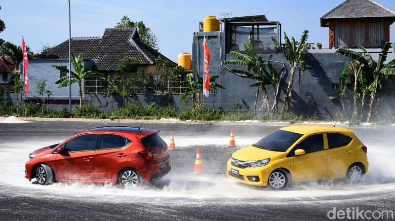 46 Modifikasi Mobil Sedan City Car Gratis
