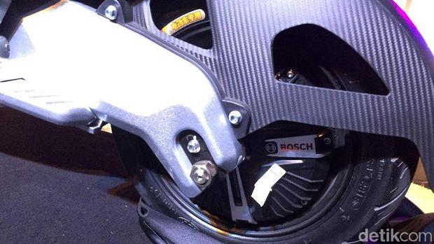 Motor pakai penggerak Bosch