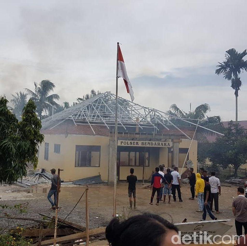Polsek di Aceh Dibakar, Pengedar Sabu Sempat Cekik Polisi dan Kabur