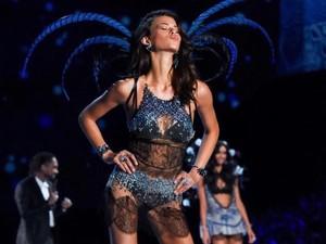 Foto: Model Cantik & Seksi Victorias Secret yang 5 Kali Ditolak Audisi