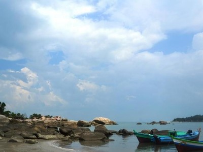 Pantai Penyusuk, Pantai Indah di Bangka Utara