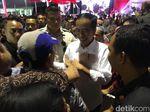 Ditemani Anies, Jokowi Bagikan 5.000 Sertifikat Tanah di Jaksel