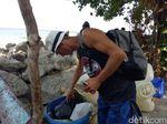 Para Bule Kehabisan Ongkos: Diongkosi Polisi sampai Mengais Sampah
