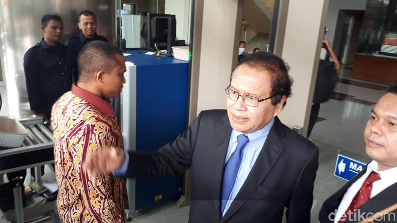 Datangi KPK, Rizal Ramli Laporkan Dugaan Korupsi Impor Pangan